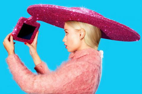 Acer presents Selfie-Sombrero