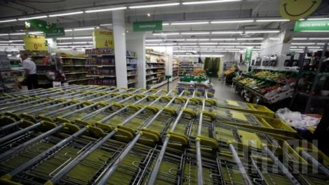 Retail trade turnover in Ukraine falls by 23.1% in eight months