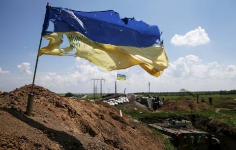 Sporadic fighting reported in east Ukraine combat zone