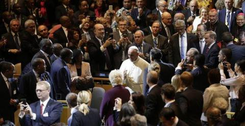 Pope beseeches world leaders to protect the environment