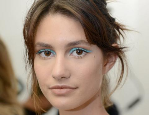 7 looks that prove blue eyeshadow is no longer stuck in the