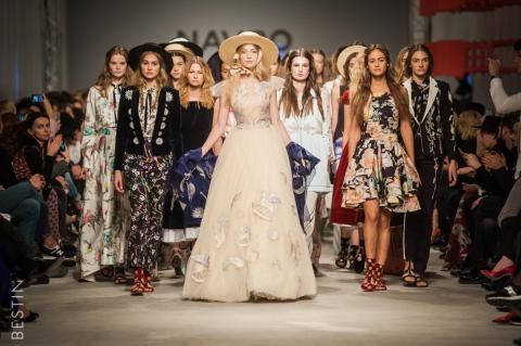 Passion for Ukrainian Fashion: Designers showcase collections in Kyiv (PHOTO)