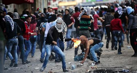 Palestinians set fire to Jewish tomb ahead of 'day of rage'