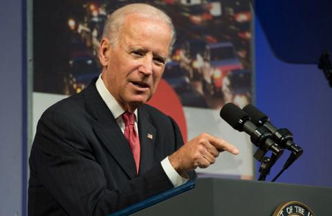 Russia should pay greater price if it fails to fulfill Minsk agreements – Biden