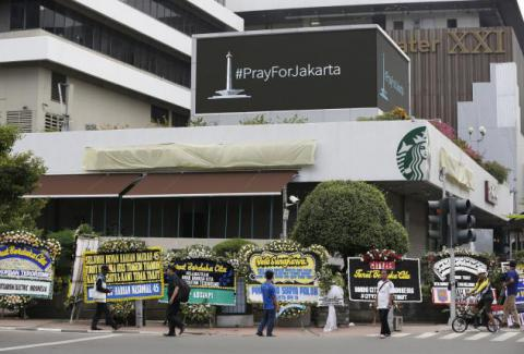 Indonesia blocks radical websites after deadly militant attack in capital (PHOTO)
