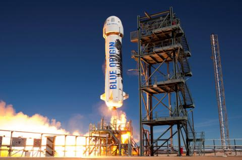 Another reusable rocket first for Jeff Bezos (PHOTO, VIDEO)