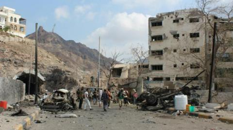 Car bomb at Yemeni presidential palace in Aden kills seven (PHOTO)