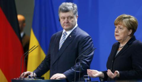 Poroshenko, Merkel agree on Normandy foreign ministers' meeting in Paris next week
