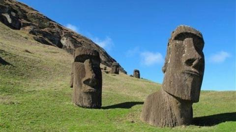 Easter Island's ancient civilization was not destroyed by warfare, experts say