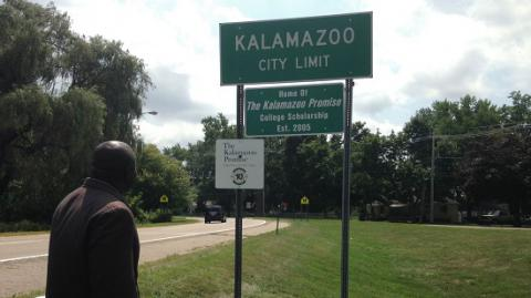 The Kalamazoo, Michigan shooting suspect is an Uber driver