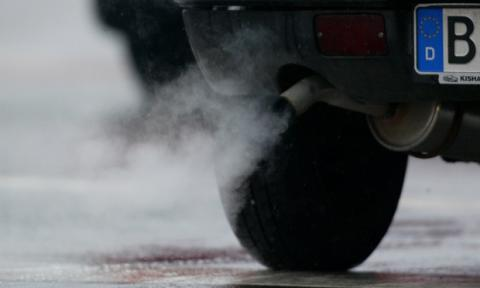Diesel cars may be worse than petrol for CO2 emissions, report claims