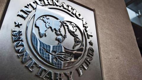 "IMF warns global economy ""highly vulnerable"""