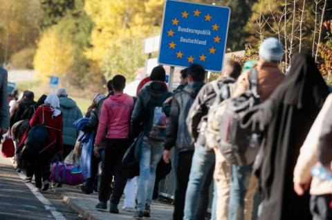 Refugee crisis: Germany expects three million migrants to arrive by 2020