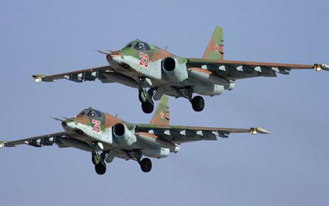 Russian Su-25 crashes during training, pilot dies