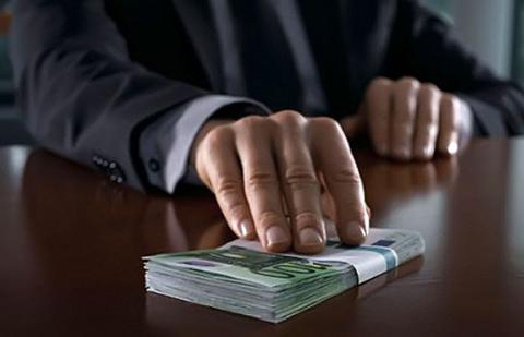 Corruption remains main problem for business in Ukraine – poll