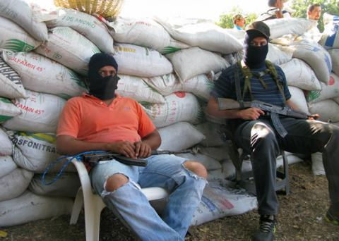 Mexican drug cartel recruites publicly using fliers promising high wages and good benefits