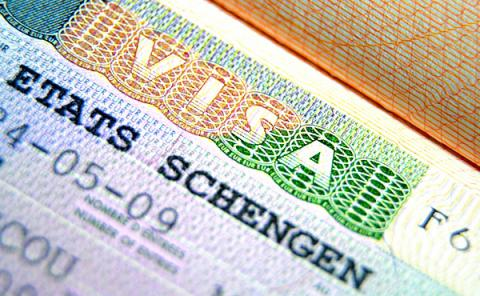 Ukrainians received twice more visa refusals from Schengen cosulates in 2015 than in 2013
