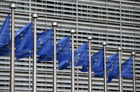 EU may require visas from Americans and Canadians: EU source