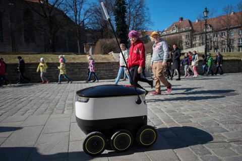 Forget flight, the future of delivery is a six-wheeled bot