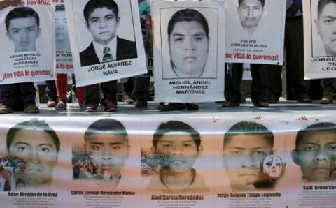 Mexico hampered probe into apparent student massacre, panel says