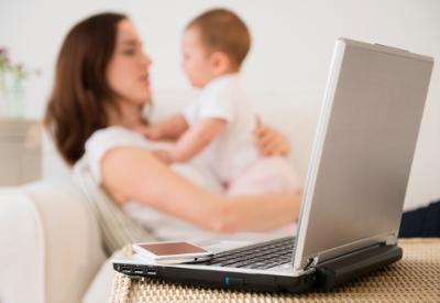Mothers posting more on Facebook tend to be depressive