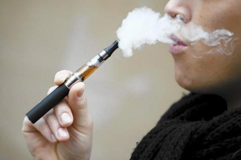 Most smokers who tried electronic cigarettes rejected them as less satisfying