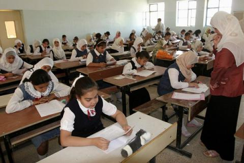 Iraq shut down its Internet to prevent sixth-graders from cheating