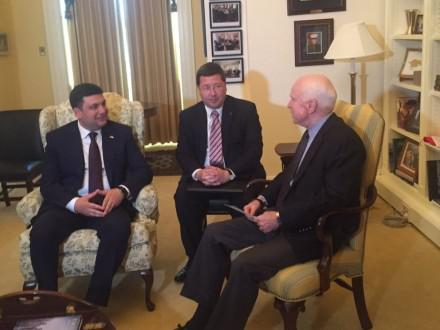 Ukrainian PM Groysman, U.S. Senator McCain discuss reform implementation in Ukraine