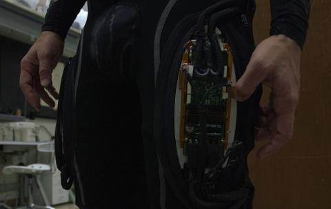 Wearable robotic suits help disabled people to move (VIDEO)