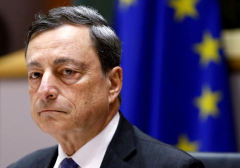 ECB chief highlights growth risks, uncertainty