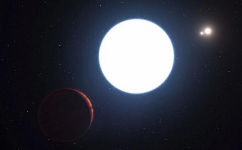 Astronomers found planet with three suns