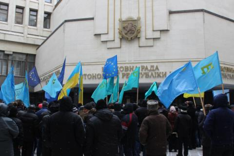Poroshenko seeks to amend Constitution for Crimean Tatar People get right to self-determination