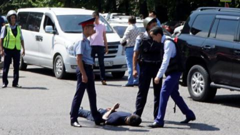 Anti-terror alert announced in Almaty as several policemen killed