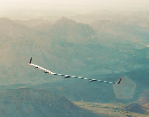 Facebook's internet drone completed his first flight