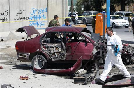 At least 2 wounded in bombing of Afghan military in Kabul