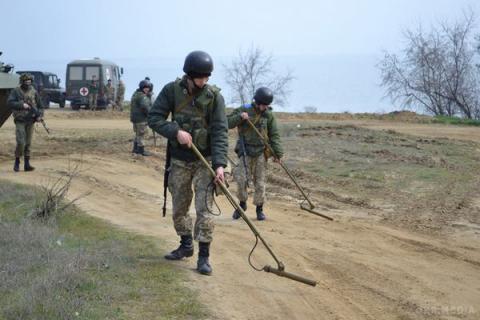 Ukrainian govt provides UAH 250m for army training centers development - Defense Minister