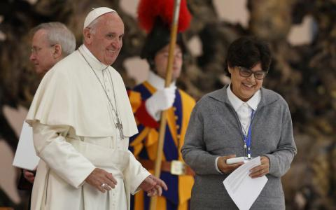 Pope Francis started commission to redefine women's role in church