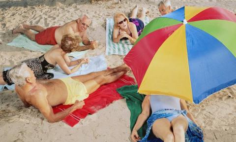 Holidaymakers trying to stake best spots in Italian beach will face €200 fines