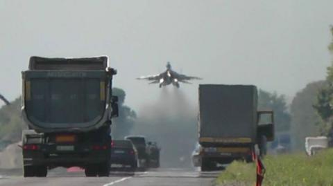 Ukraine conducts teaching: involved fighter aviation