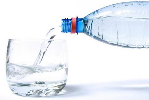 Bottled water leads to infertility - scientists