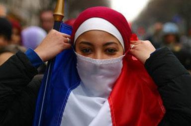 Nearly 30 percent of French Muslims are against secular laws