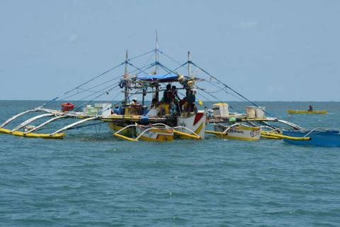The Philippines have concern over Chin's boats near disputed shoal