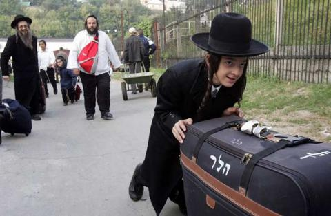 2,500 сhassids arrived to Ukrainian Uman