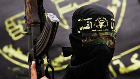UK experts warn Islamic State recruiting criminals