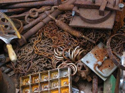 Ukrainian president enacts bill annulling 5% duty on imported scrap metal