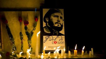 Cubans to summon to Revolution Square in mourning for Fidel Castro