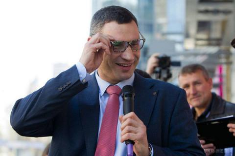 Kyiv Mayor, ex-boxer Klitschko declares apartment, UAH 2.6m income