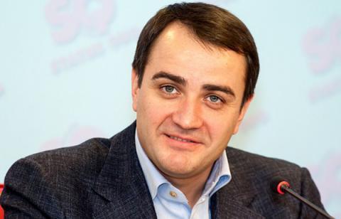 Ukrainian e-declaration campaign: FFU President MP Pavelko is homeless millionaire