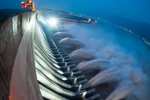 Human health risks from hydroelectric projects