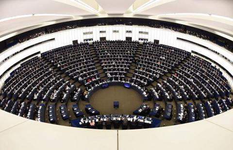 EP plans to create a defence union - Resolution